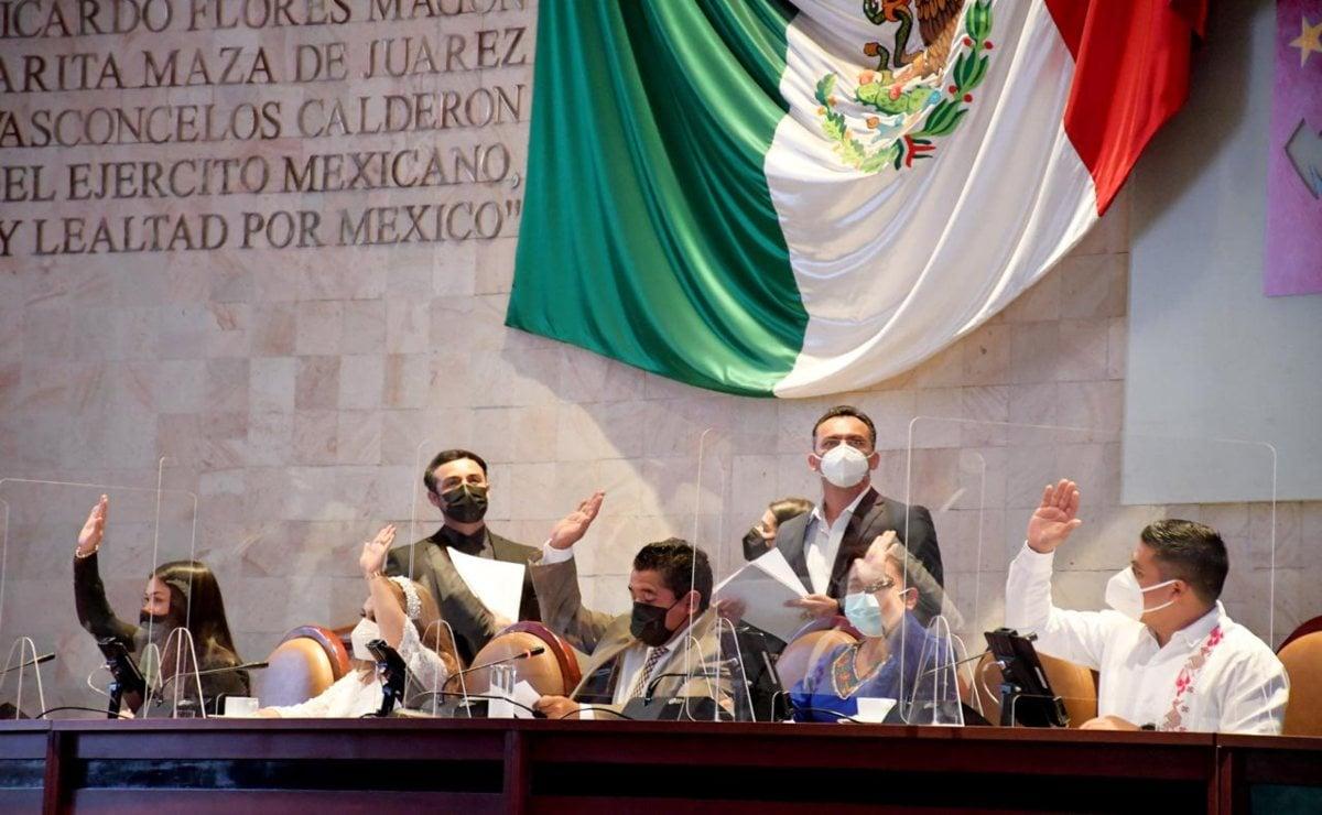 Por segunda vez, aplaza Congreso de Oaxaca comparecencia de funcionarios por 4to Informe de Murat