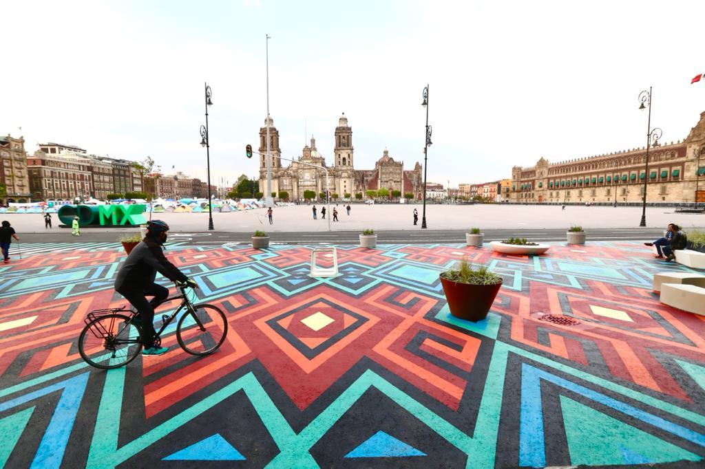 Inspirado en tejidos oaxaqueños, así es el nuevo paso peatonal en el Zócalo de la CDMX