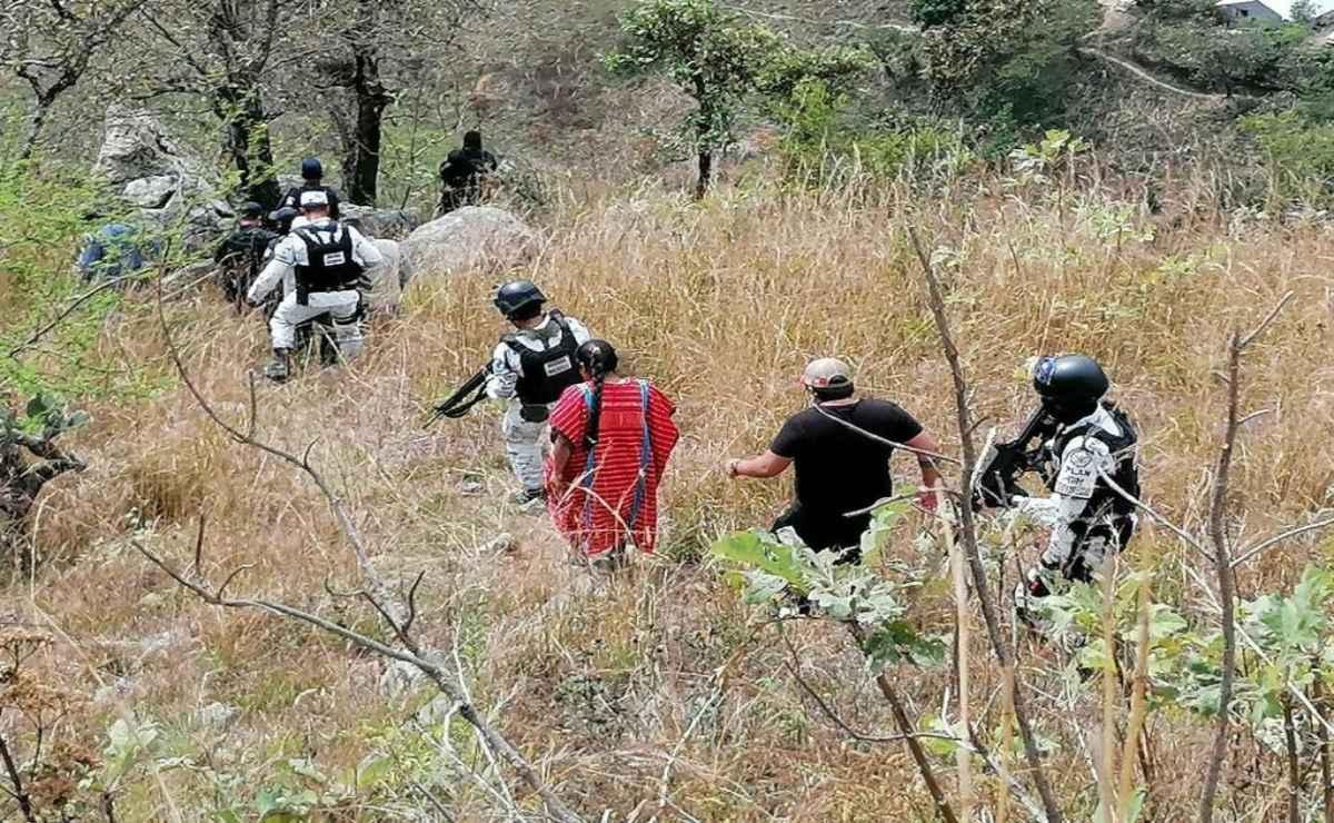 Localizan dos cuerpos sin vida en comunidades de la región Triqui; realizan recorridos tras violencia