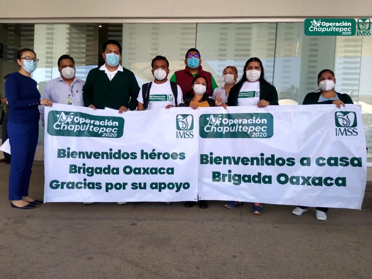 Regresa a Oaxaca brigada médica del IMSS que viajó a la CDMX a reforzar atención ante Covid-19