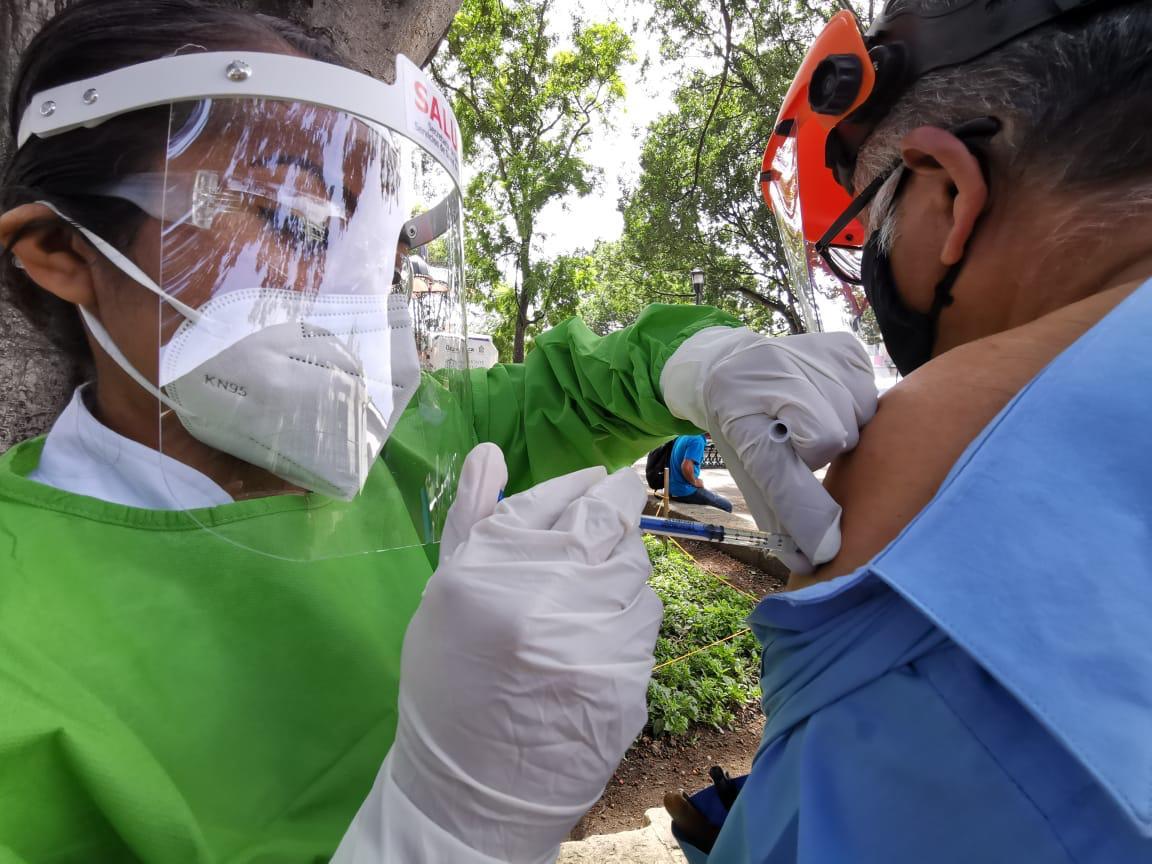 Asegura edil de Oaxaca de Juárez que vacunación Covid de adultos mayores arranca el 16 de febrero