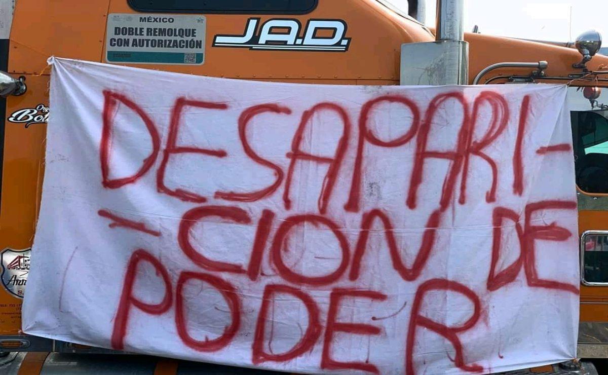 Con bloqueo, mixes exigen al Congreso de Oaxaca desaparecer poderes en San Juan Mazatlán