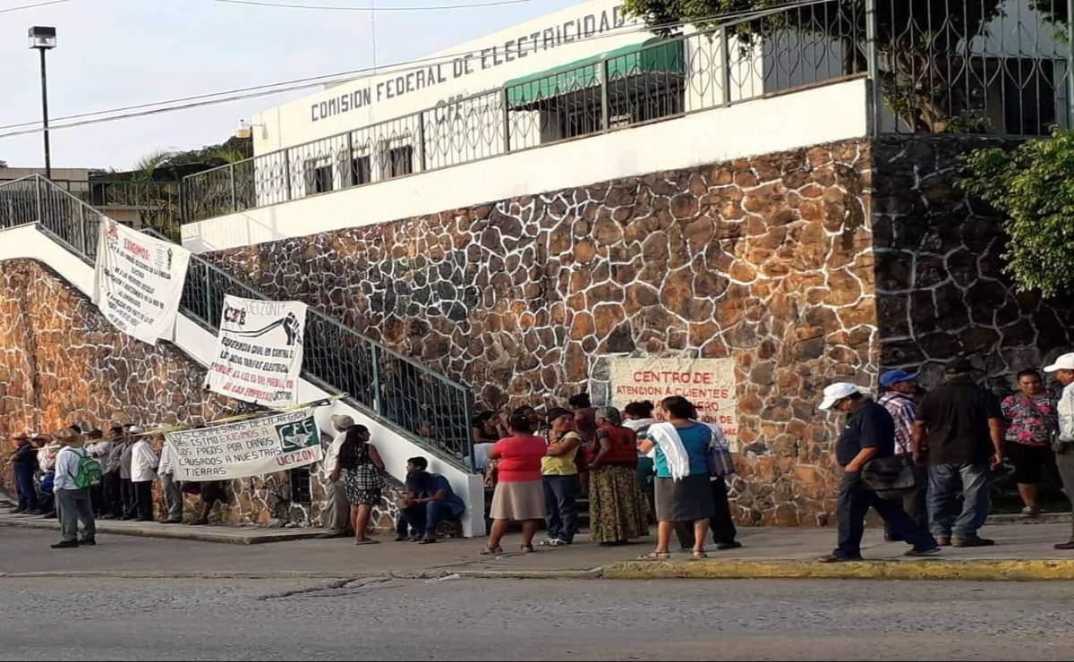 Pueblos del Istmo en Oaxaca se declaran en resistencia contra la CFE para impedir más cortes de luz