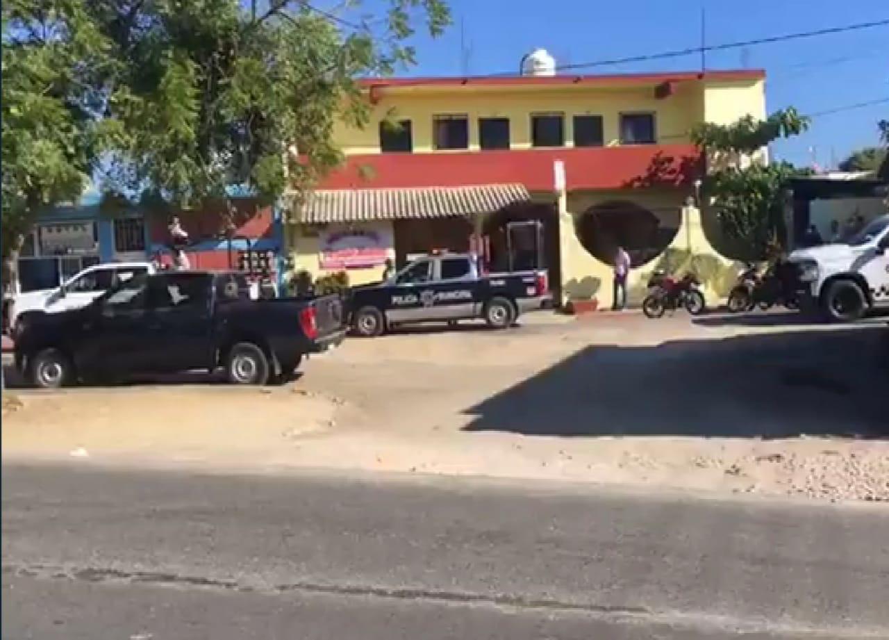 """Asesinan a una mujer en hotel de la Costa; alertan """"semáforo rojo"""" en Oaxaca por violencia feminicida"""