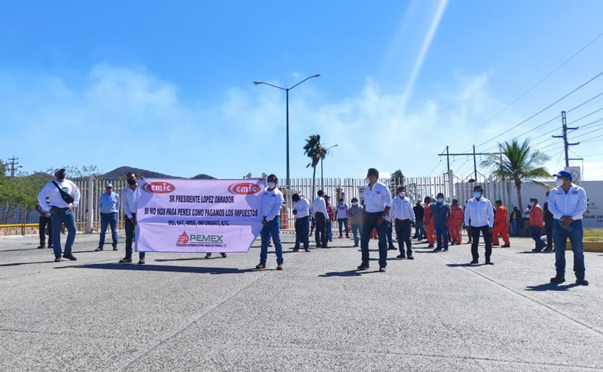 Por segunda vez protestan en el Istmo contra Pemex; adeuda 500 mdp a 25 constructoras