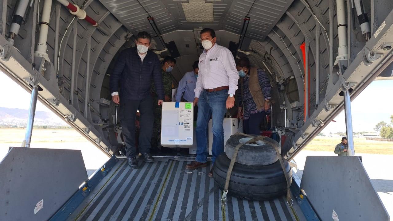 Arriban a Oaxaca 20 mil 475 vacunas de Covid-19 para aplicar segunda dosis a personal de Salud