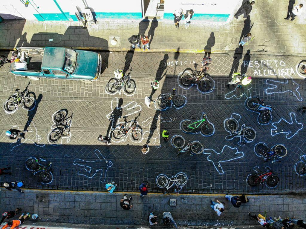 Lanzan petición en Oaxaca para retirar concesión a autobús que mató a ciclista Gabi Soto en Xoxo