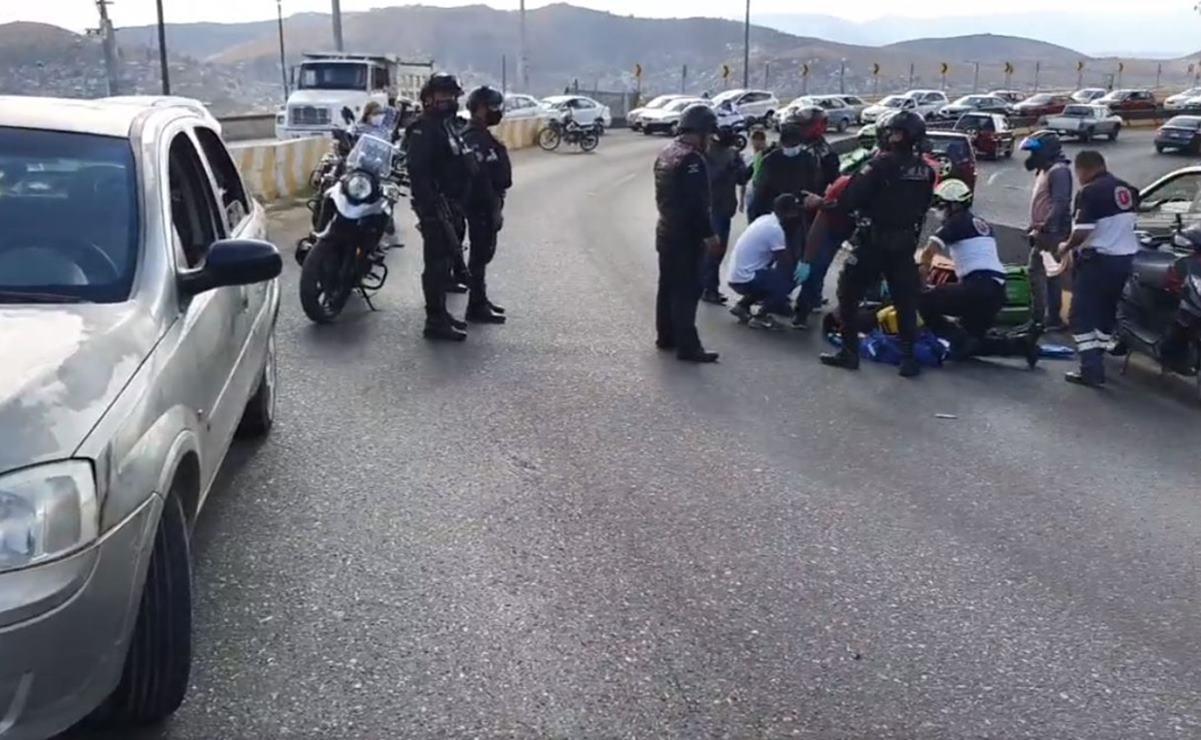 Mujer da a luz en la carretera tras un choque automovilístico en el Cerro del Fortín