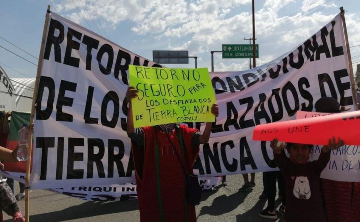 Avanza Caravana por la Pacificación del Pueblo Triqui de Oaxaca a CDMX; buscan audiencia con AMLO