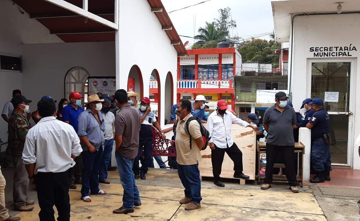 Habitantes de 14 agencias de Matías Romero toman palacio de este municipio del Istmo de Oaxaca