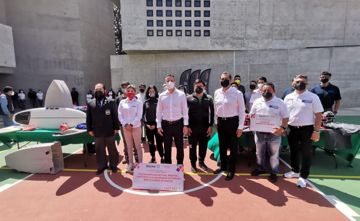 Entrega Murat material deportivo por más de 400 mil pesos a 10 organismos y 830 deportistas de Oaxaca