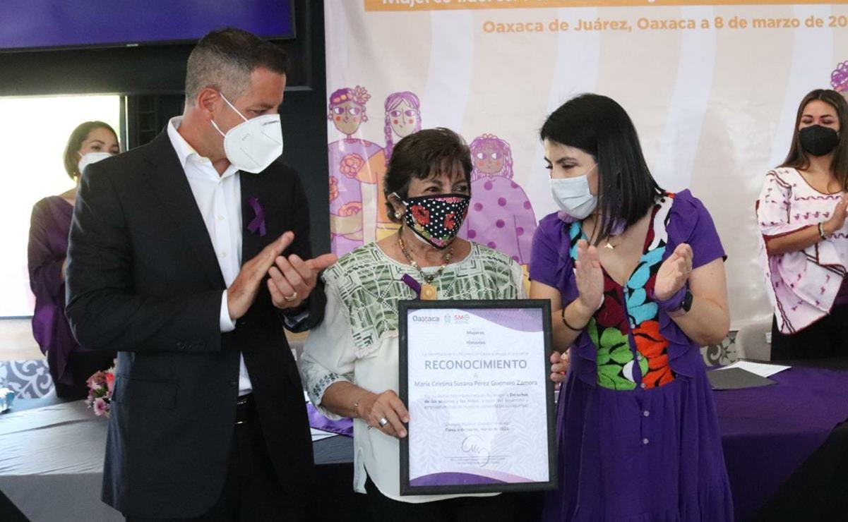 Familiares de víctimas de feminicidio en Oaxaca proponen a Murat cambios con perspectiva de género