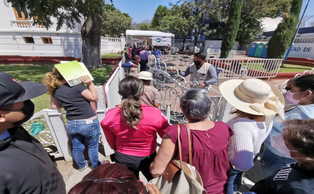 Se agotan vacunas Covid-19 en Facultad de Medicina de la UABJO, suman 4 sedes sin dosis en capital de Oaxaca
