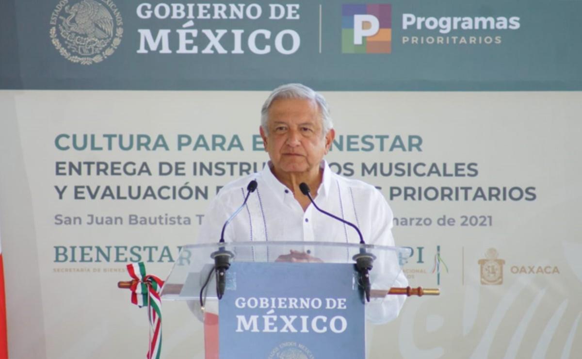 Desde Oaxaca, AMLO llama a respetar veda electoral y a que haya elecciones limpias