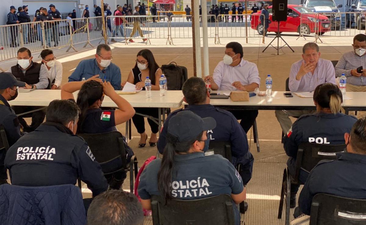 Avanza negociación con policías estatales de Oaxaca en paro; presentarán contrapropuesta