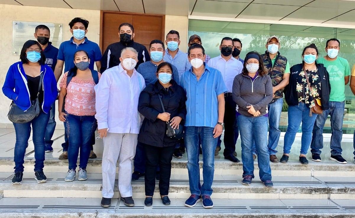 Acuerdan trabajadores del Seguro Popular retirar plantón en las oficinas de Salud de Oaxaca