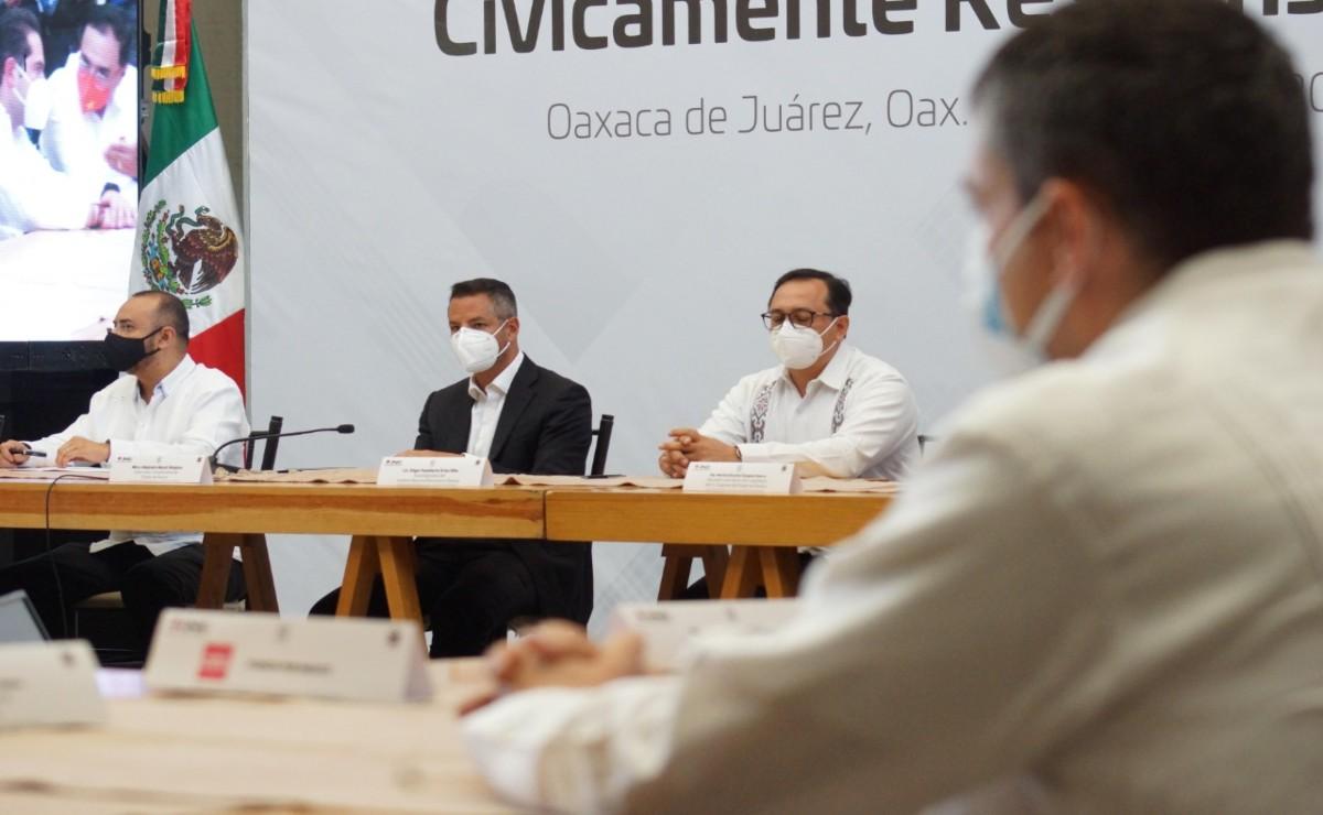 Encabeza Murat firma de Pacto por un Proceso Electoral Cívicamente Responsable en Oaxaca
