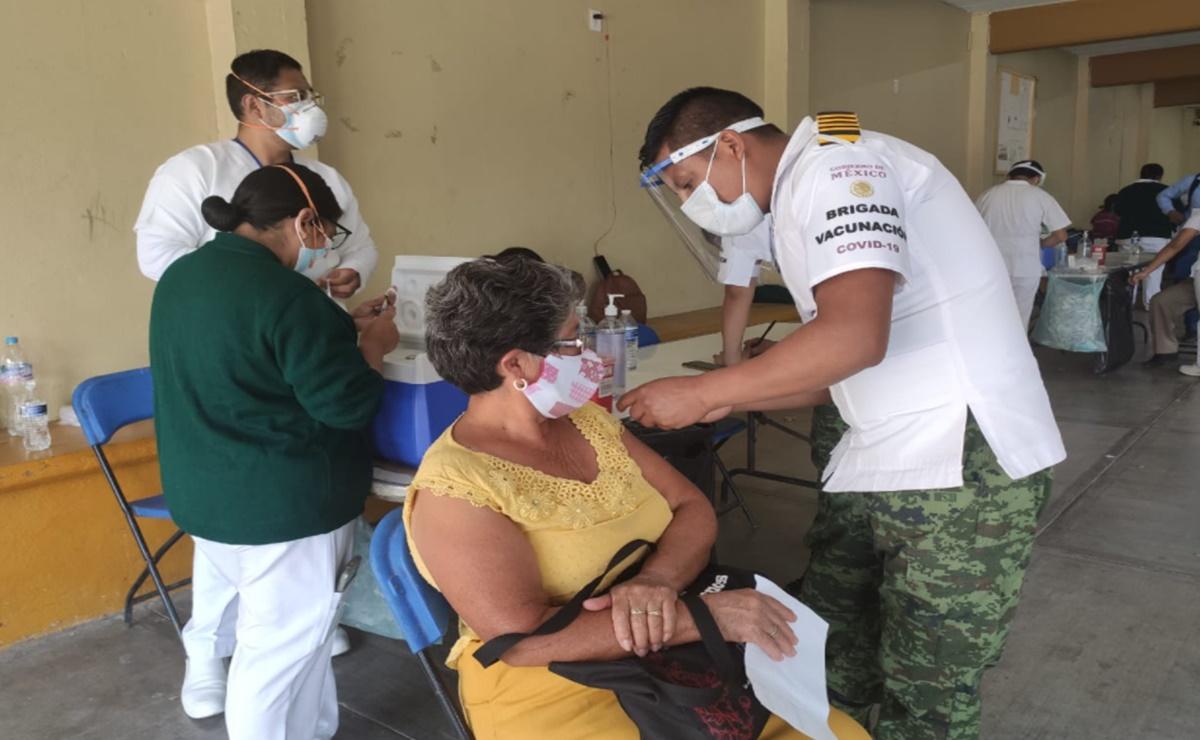 En Oaxaca, ancianos zapotecos de hasta 95 años ganan amparo para ser vacunados contra el Covid-19