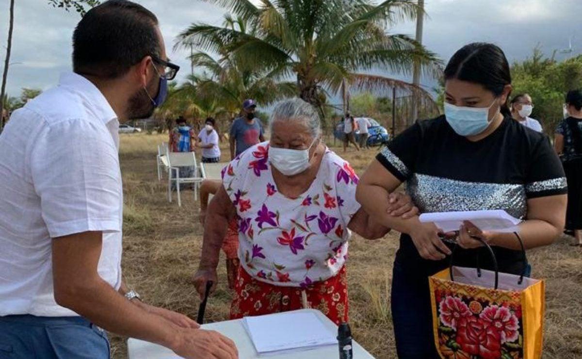 Otros 300 ancianos zapotecos del Istmo, en Oaxaca, se suman a amparo para recibir vacuna anti Covid-19