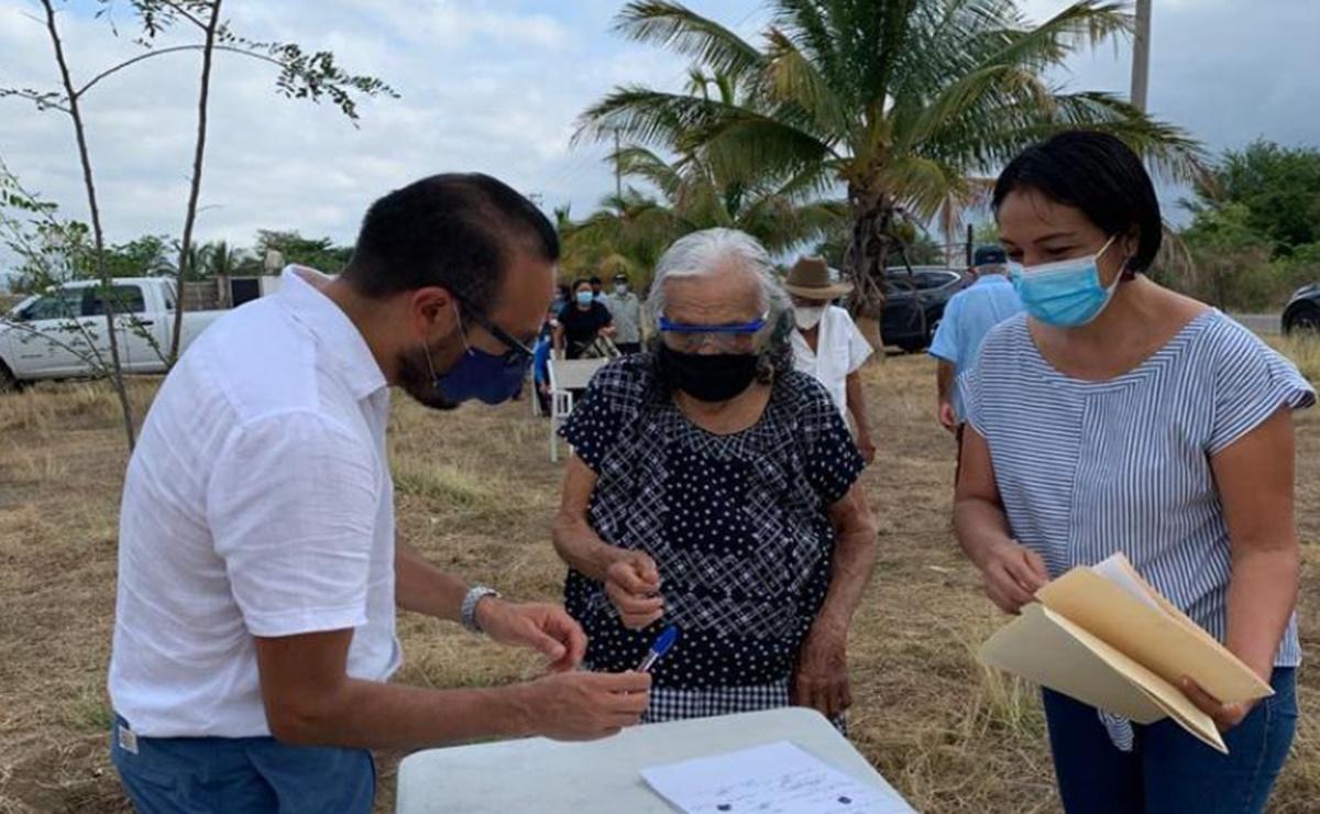 Pese a ganar amparo, 15 ancianos zapotecos de Oaxaca siguen sin acceso a vacuna antiCovid-19