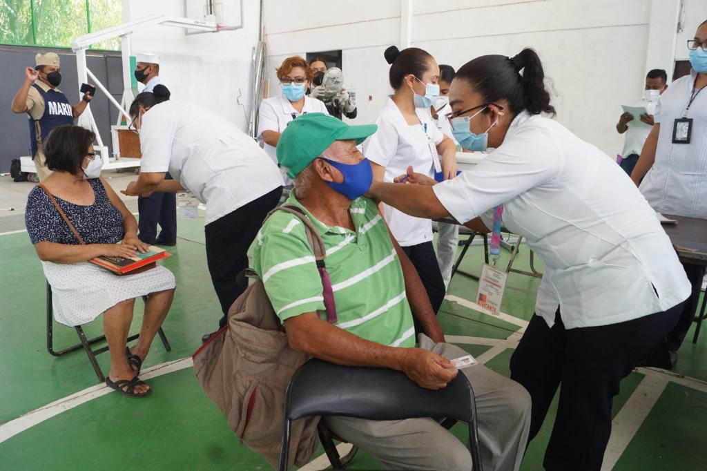 Muere en Oaxaca adulto mayor del Istmo de Tehuantepec tras recibir la vacuna CanSino anti Covid-19