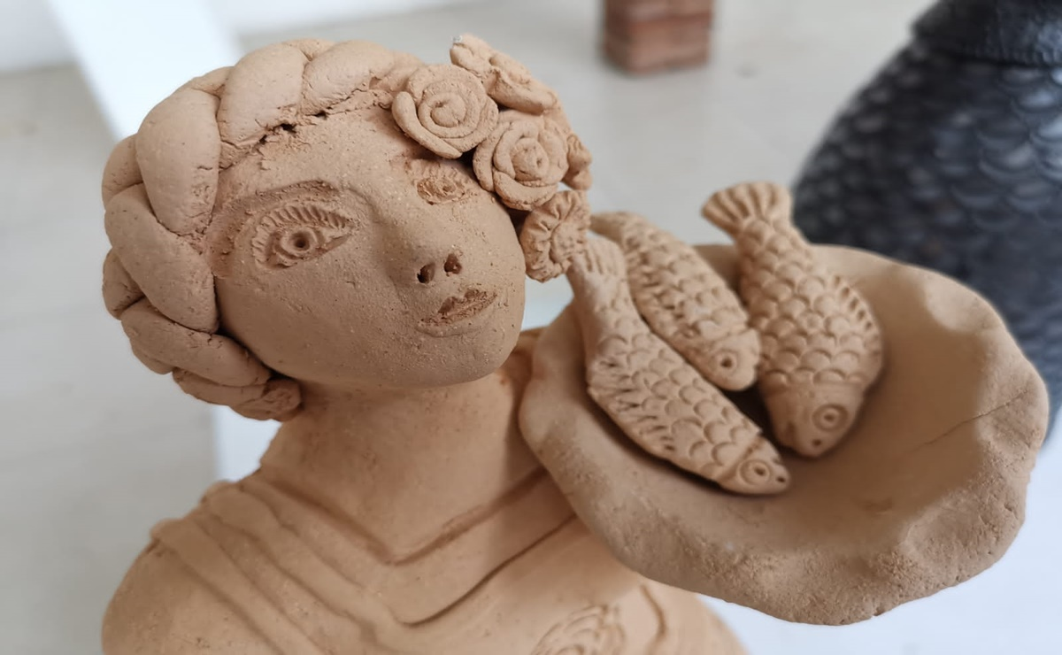 """Reúne exposición """"Barro con nombre de mujer"""" creaciones de artistas y artesanas de comunidades de Oaxaca"""