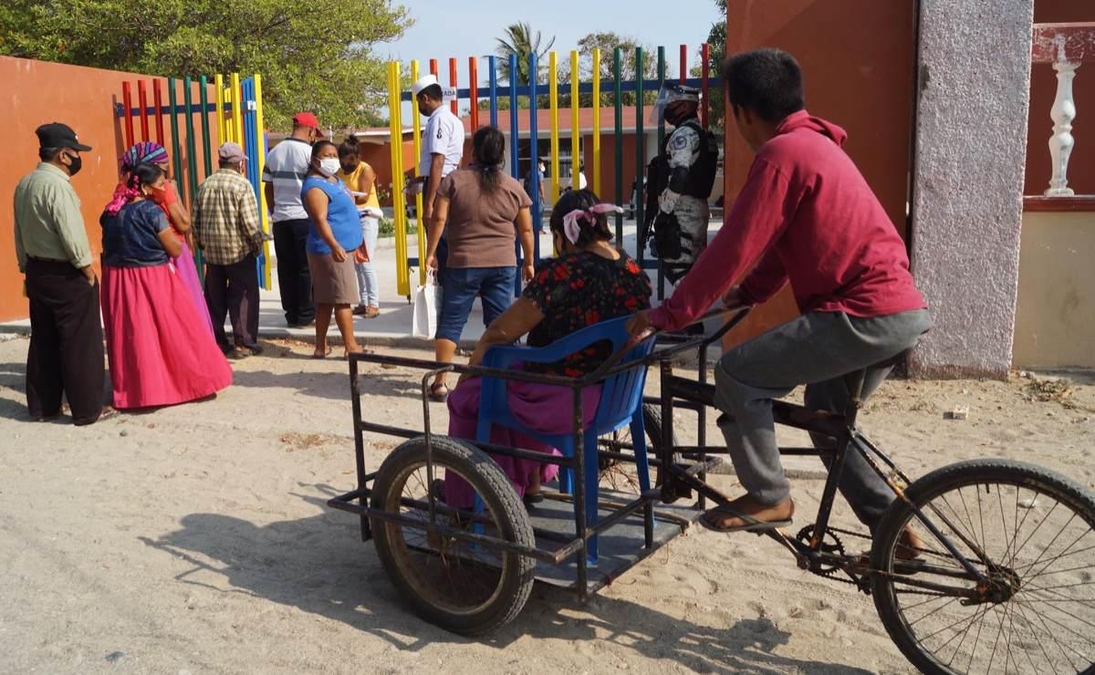Llega vacunación a San Mateo del Mar, pueblo ikoots de Oaxaca que resiste la pandemia sin agua ni médicos