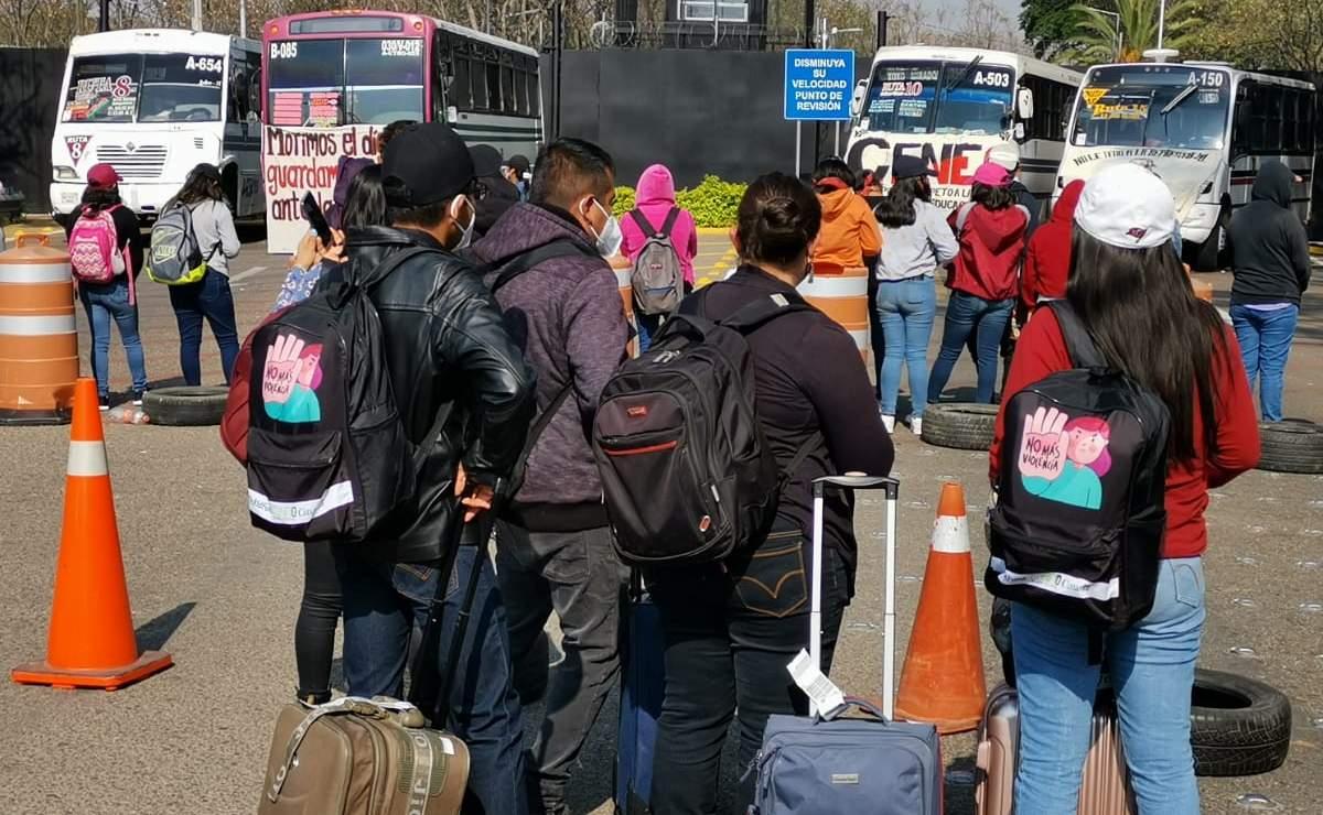 Cancelan al menos 7 vuelos nacionales e internacionales por bloqueo en acceso al Aeropuerto de Oaxaca