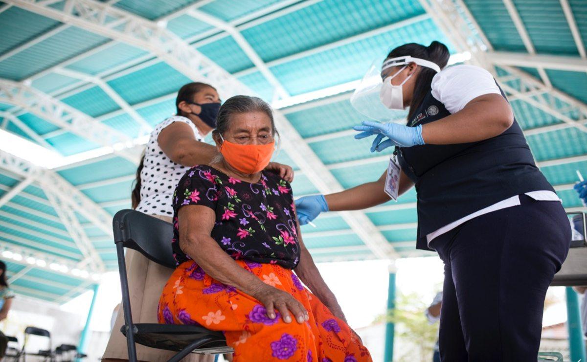 """Dejan sin vacunas a """"los guardianes de la selva""""; dosis no subieron a la montaña de Los Chimalapas, en Oaxaca"""