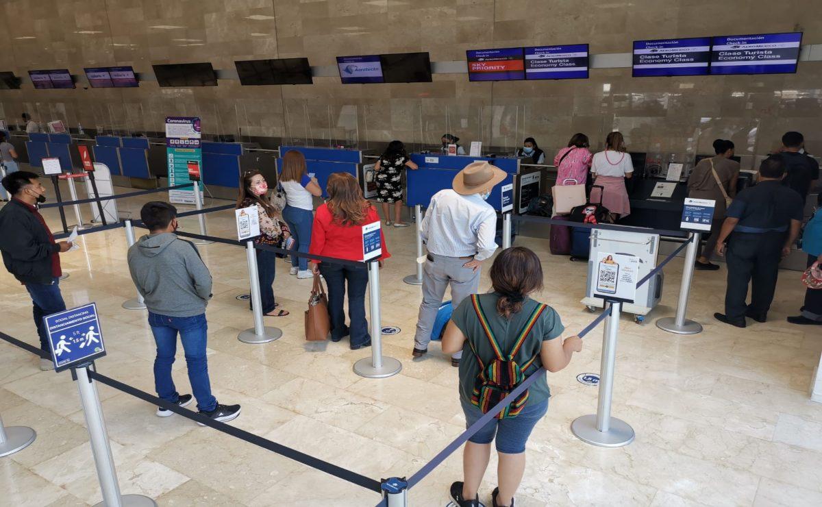 Se reactivan llegadas y salidas de vuelos nacionales e internacionales en Aeropuerto de Oaxaca