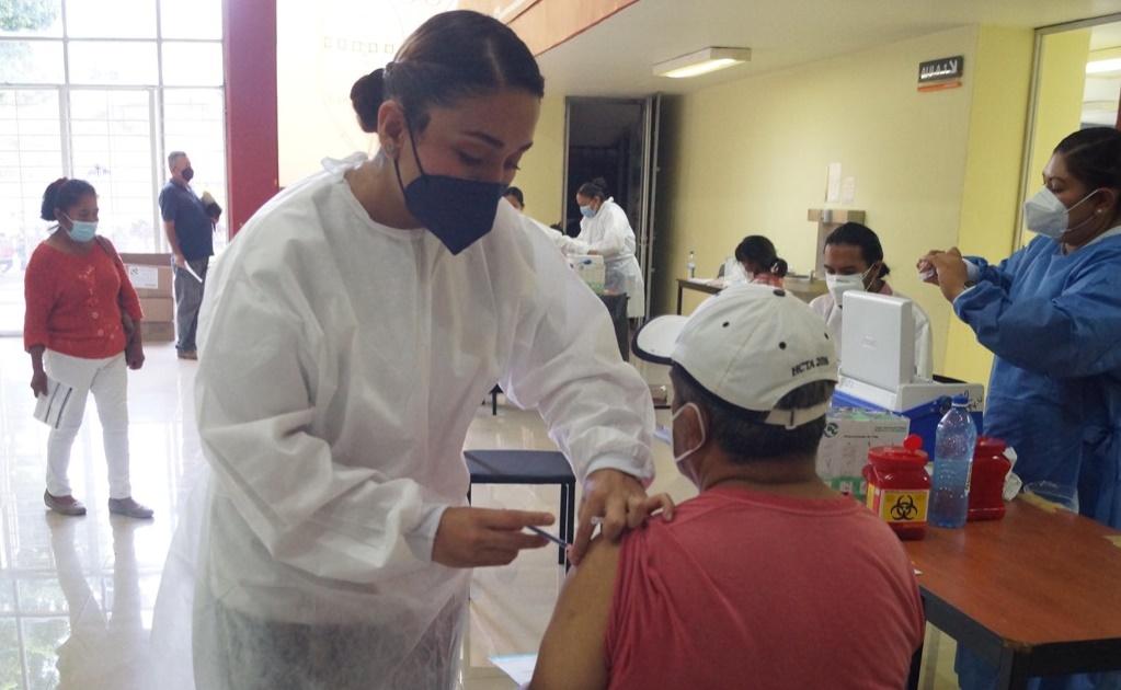 Anuncian 16 puntos de vacunación para habitantes de 50 años y más en Valles Centrales de Oaxaca