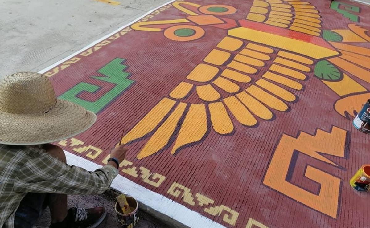 Con arte inspirado en su identidad zapoteca, dan vida a topes y calles de Zaachila, en los valles de Oaxaca