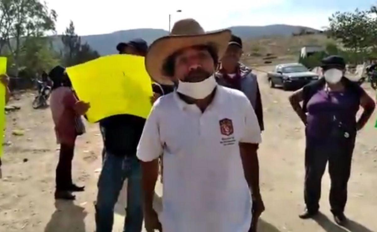 Pobladores bloquean basurero de Zaachila, Oaxaca; exigen renuncia de agente municipal