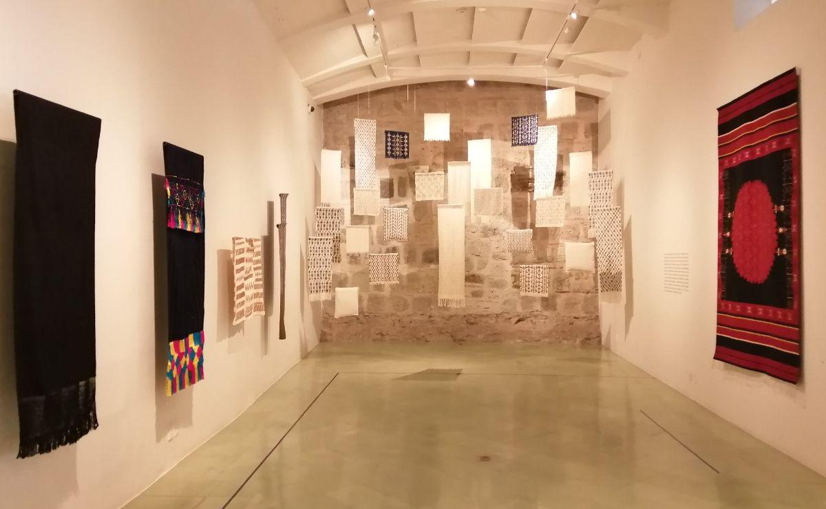 "Artesanos de Oaxaca crean réplicas exactas de sarapes ""ajedrezados"" únicos"