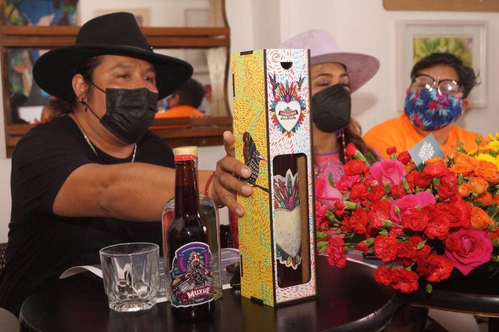 Con exposiciones de arte y bodas igualitarias, empresarios de Oaxaca se suman al mes del Orgullo LGBT