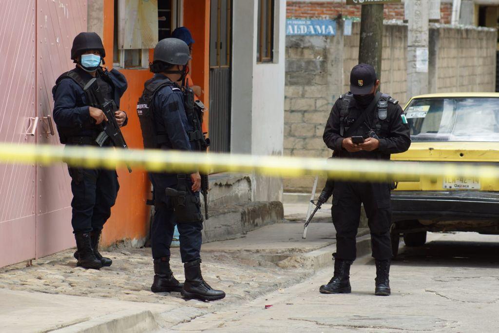 """Quema de casillas, robo de boletas y un asesinato colocan  a Oaxaca entre """"focos rojos"""" de la elección"""