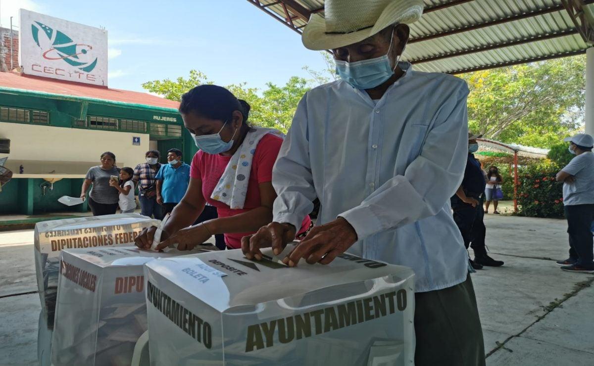 Morena gana en 47 municipios de Oaxaca, según resultados del PREP; PRI, PAN y PRD, en 25
