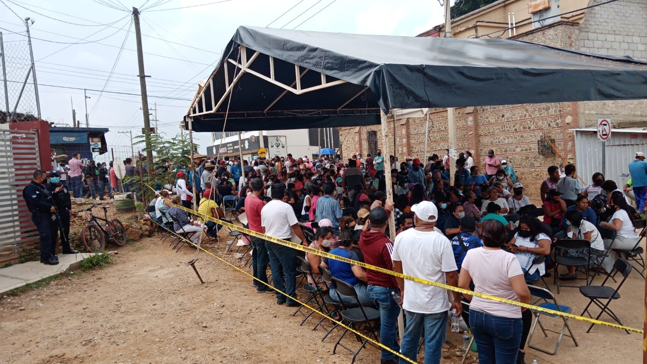 Candidatos a edil de Morena y Fuerza por México llaman a un conteo voto por voto en Xoxocotlán, Oaxaca