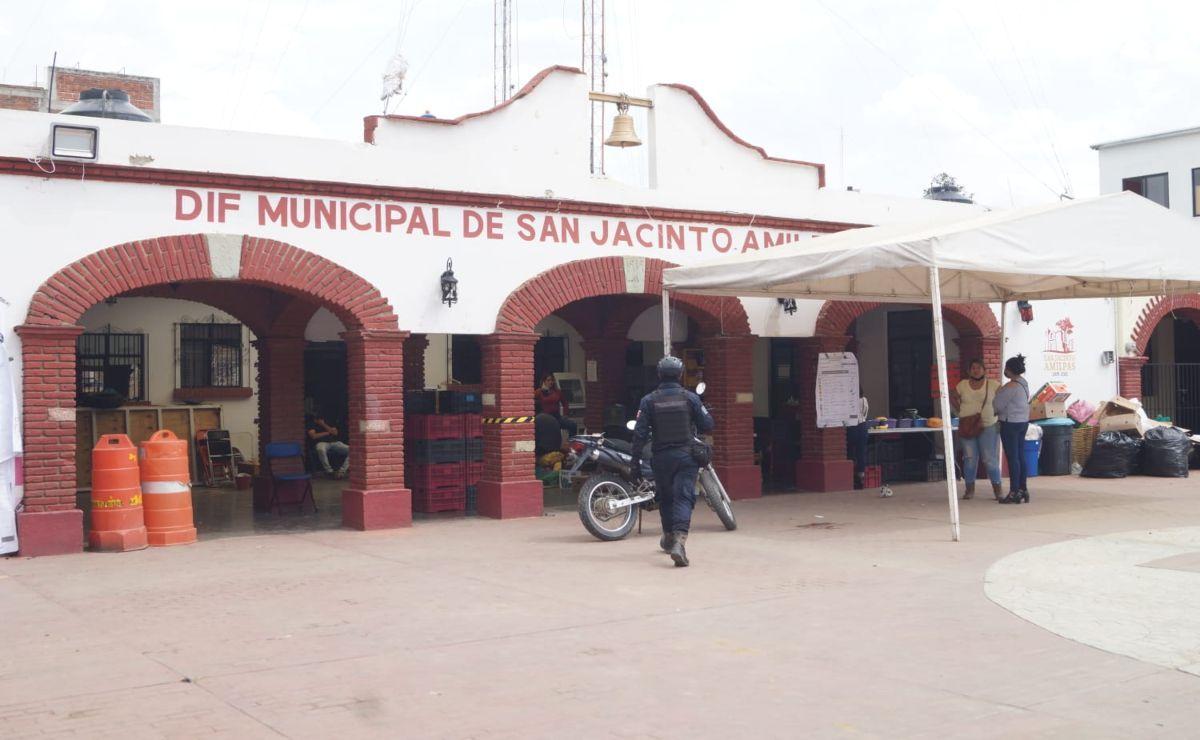 Candidato independiente, virtual ganador en San Jacinto Amilpas, resguarda Consejo Electoral Municipal
