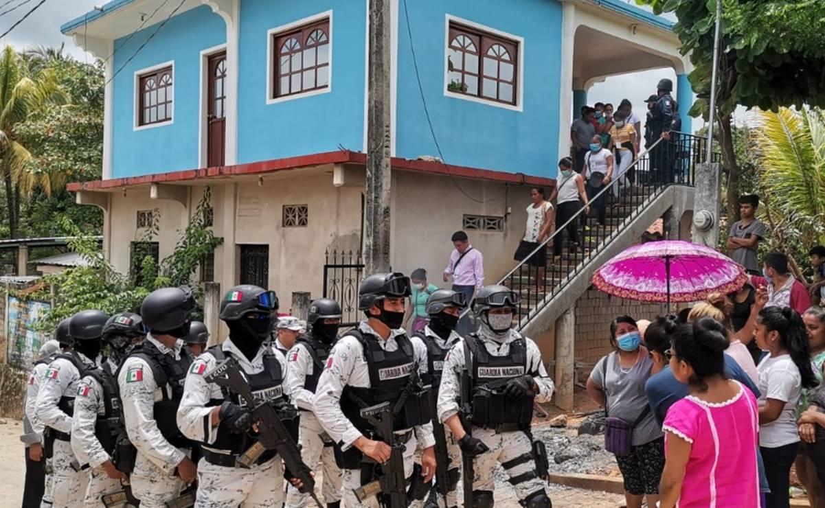Irrumpen en consejo electoral y queman boletas en San Juan Colorado, Oaxaca; SSPO resguarda sede