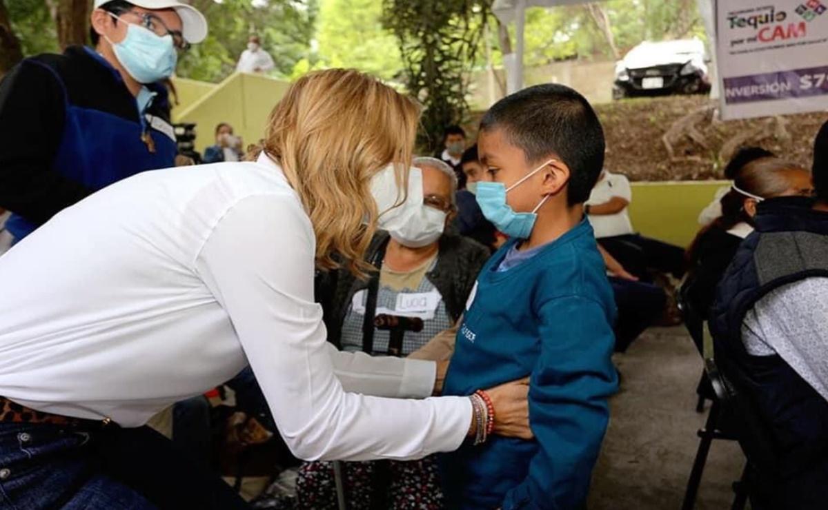 DIF Oaxaca entrega oficialmente rehabilitación de 54 Centros de Atención Múltiple del estado