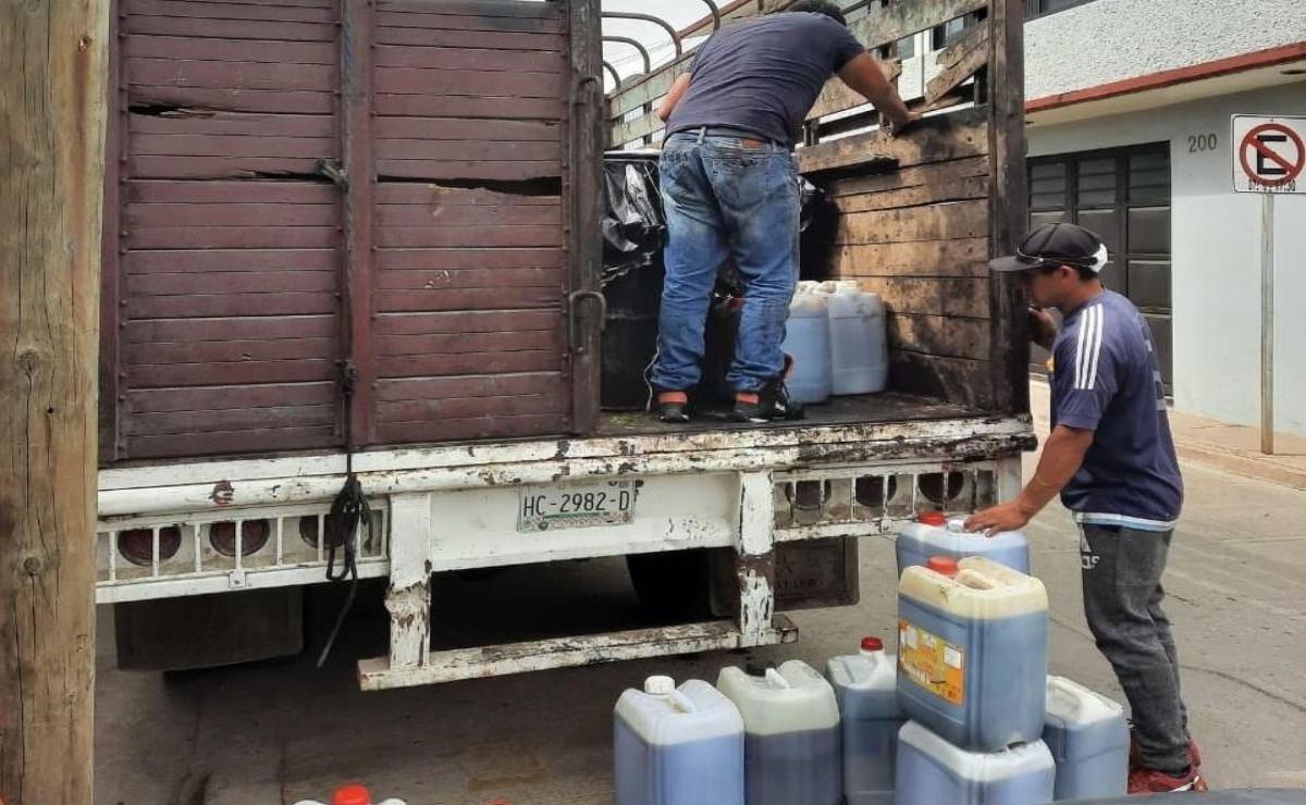 El ambientalista que convenció a 48 negocios de Oaxaca de reciclar aceite para convertirlo en biodiésel