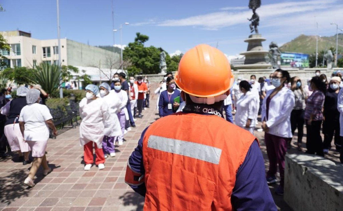 Participan 100 mil personas y desalojan mil 633 edificios en Oaxaca en Simulacro Nacional 2021