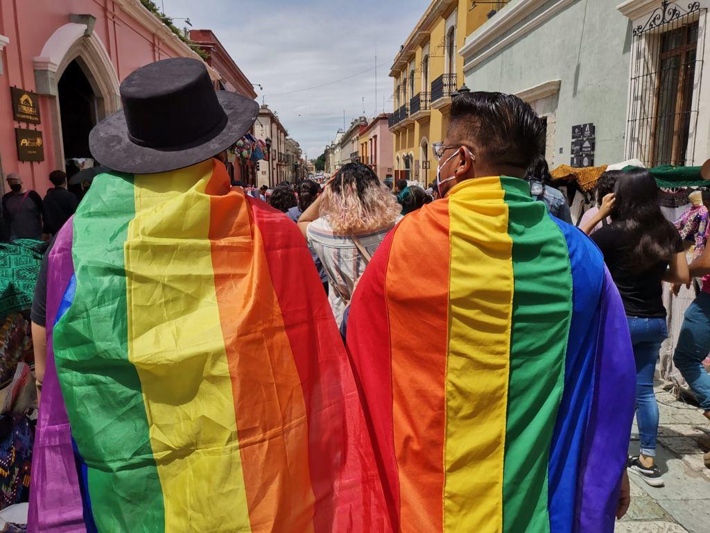 Derecho al trabajo y a la identidad jurídica, garantías más violentadas a comunidad LGBT+ en Oaxaca
