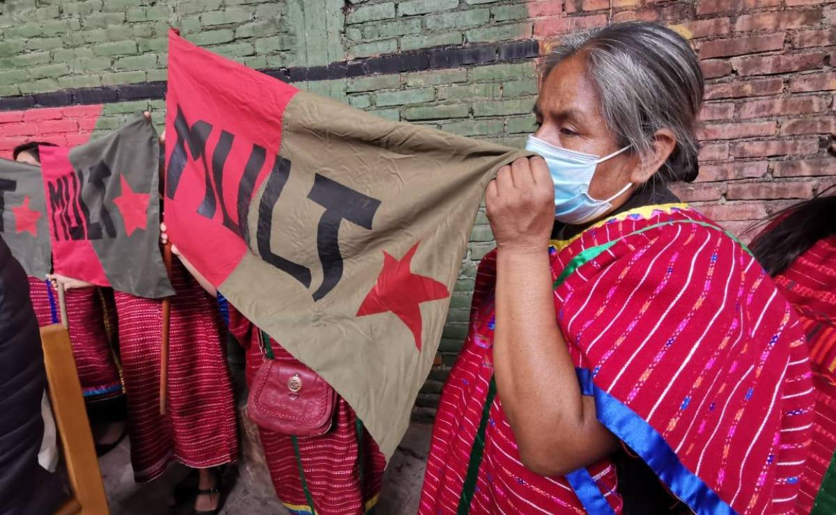 Asesinan en la Mixteca de Oaxaca a dos profesores triquis de educación indígena, militantes del MULT