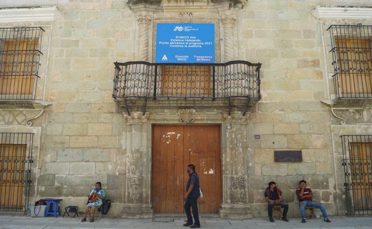 """""""El Museo de Arte Contemporáneo de Oaxaca vive, estamos trabajando"""", anuncia letrero a 3 meses de cierre"""