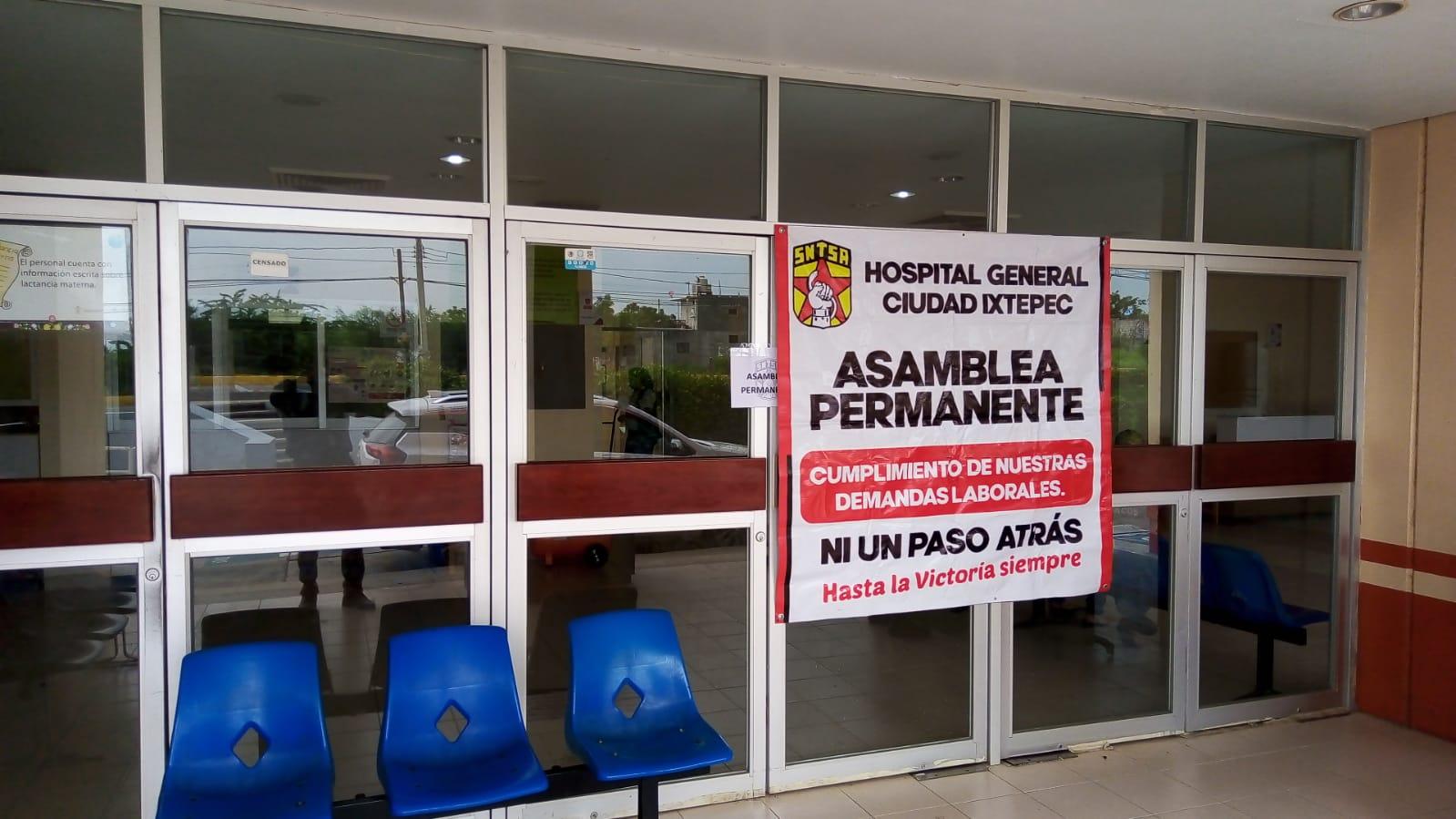 Se declaran en paro de labores 200 trabajadores del hospital de Ixtepec, Oaxaca, que atiende Covid-19