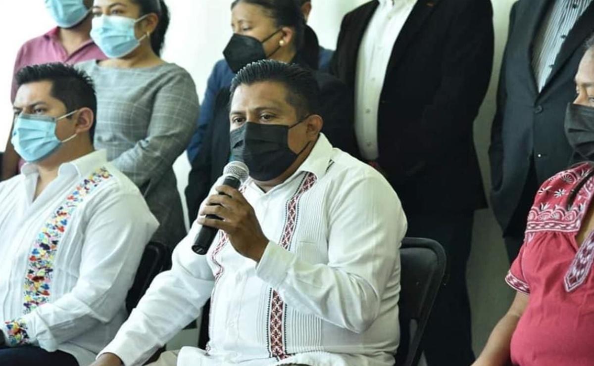 Tribunal de Oaxaca rechaza triunfo de candidato a edil que ganó sin registro y con lapicero en mano