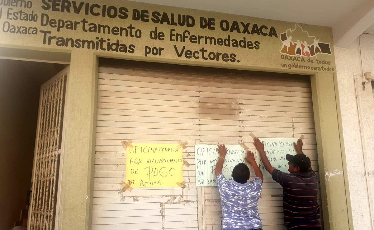 Por adeudo de renta, dueños les cierran indefinidamente oficinas a trabajadores de Salud en Juchitán