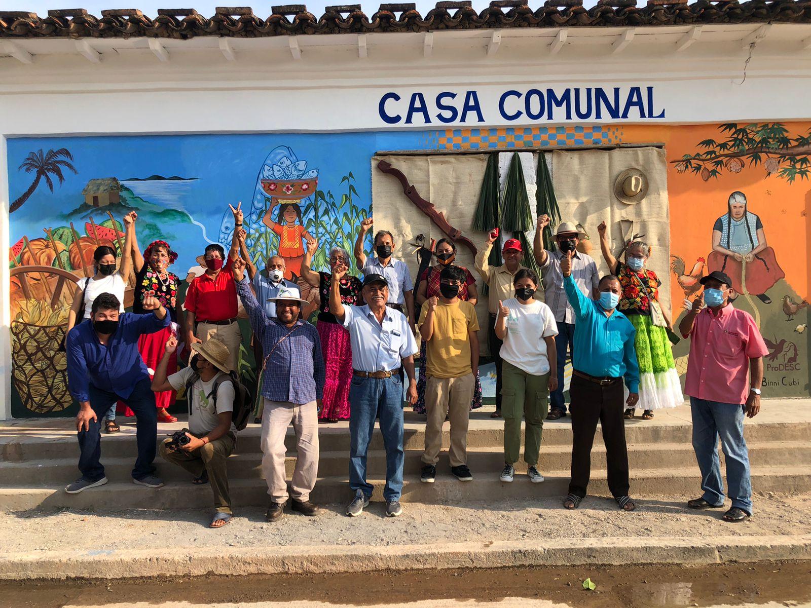 Con mural conmemoran 57 años de lucha comunal en Unión Hidalgo, comunidad zapoteca de Oaxaca